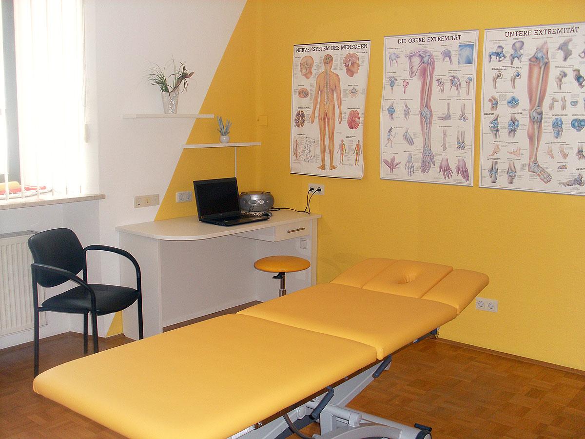 Praxis Arlet Behandlungszimmer 2a